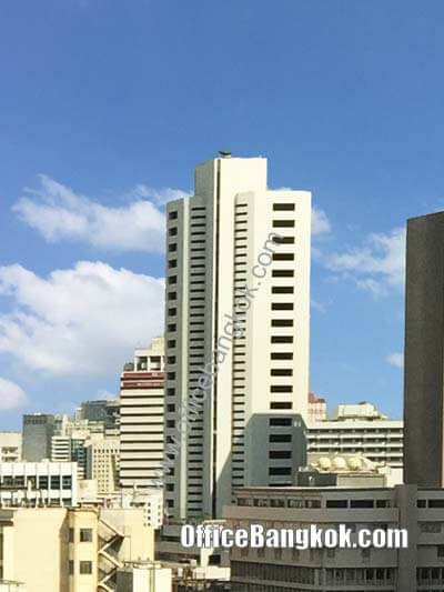 Charn Issara Tower I - Office Space for Rent on Rama 4 Area nearby Sala Daeng BTS Station and Silom MRT Station