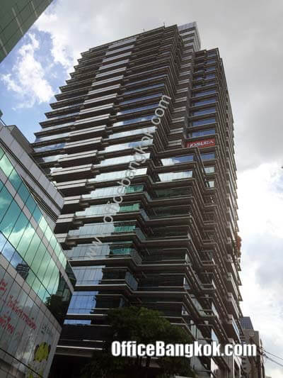 Bangkok Insurance Building - Office Space for Rent on Sathorn Area nearby Lumpini MRT Station