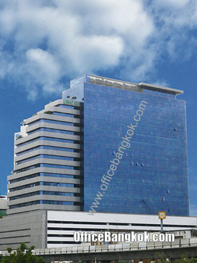 United Business Center II (Ubc 2 Building) - Office Space for Rent on Sukhumvit Area nearby Phrom Phong BTS Station.