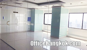 Rent Office Space Partly Furnished near Krung Thonburi BTS Station