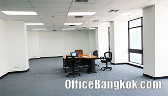 Office for Rent on Silom with Partly Furnished close to Sala Daeng BTS Station