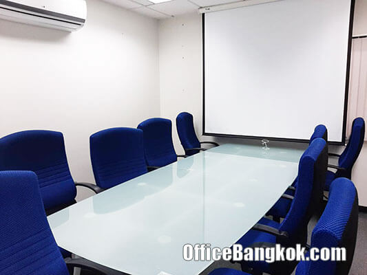 Rent Fully Furnished Office Space on Silom close to Saladaeng BTS Station