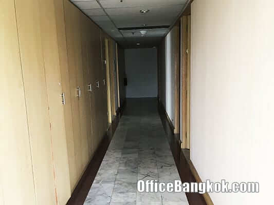 Office Space for Rent with Partly Furnished at Ocean Tower II