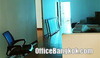 Office Space for Rent close to Huai Khwang MRT Station