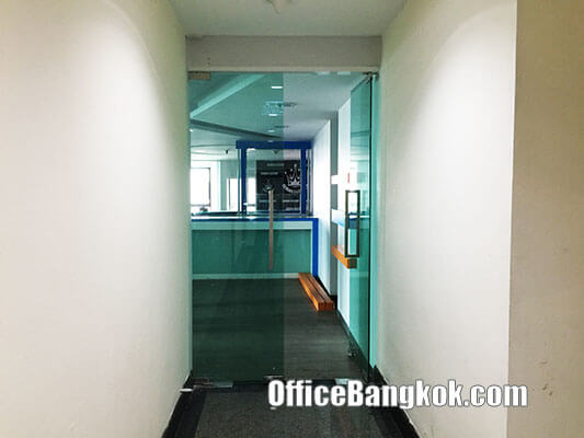Rent Office on Phahonyothin Road