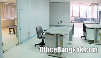 Cheap Office Space for Rent with Fully Furnished on Surawong