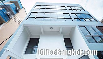 Stand Alone Office Building 4 Storey on Ratchadapisek for Rent near Thailand Cultural Centre MRT station
