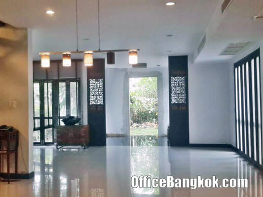 Home Office for Sale Phrakhanong, Sukhumvit 71.