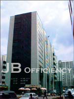 """Bangna Complex Office Tower"""